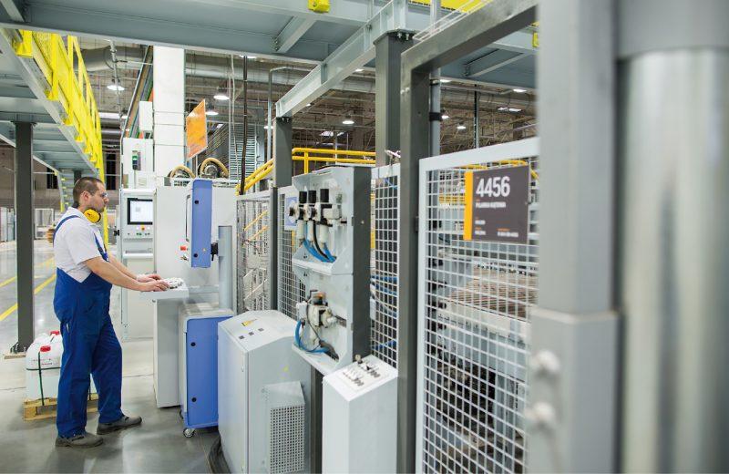 Przemysł 4.0 w fabrykach mebli – postęp jest widoczny