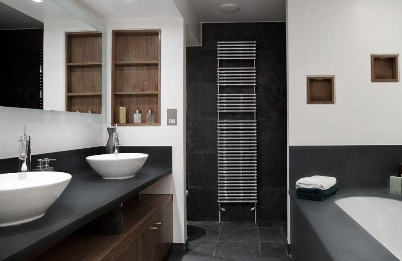Funkcjonalna łazienka z wykorzystaniem produktów wilgocioodpornych Pfleiderer