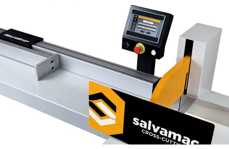 Niezawodny elektroniczny system ustawiania długości materiału przeznaczonego do cięcia